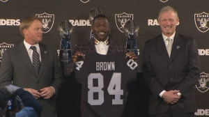 web_antonio_brown_presser