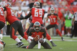49ers Buccaneers Football